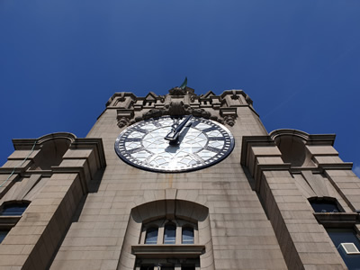 Liver Buildings Clock - Time for Training